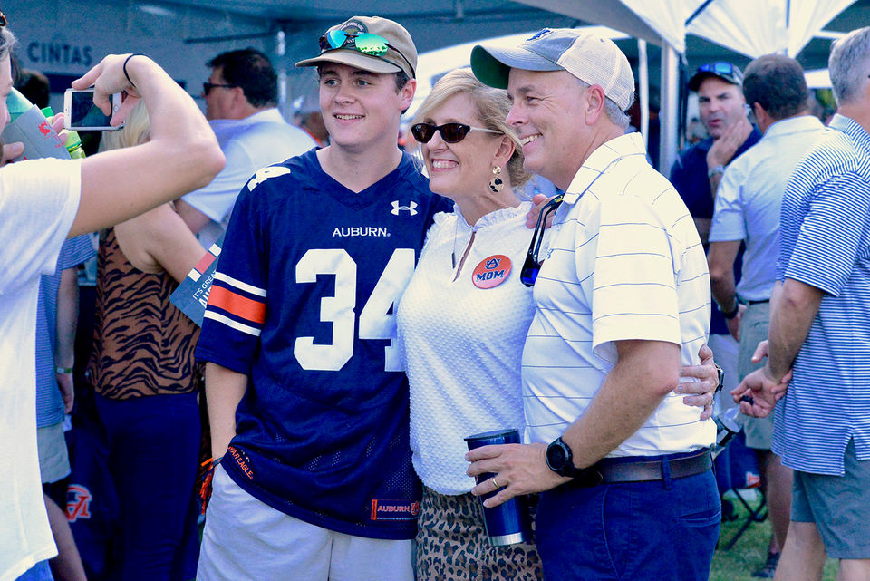See Auburn football fans tailgate and more for Tigers' home