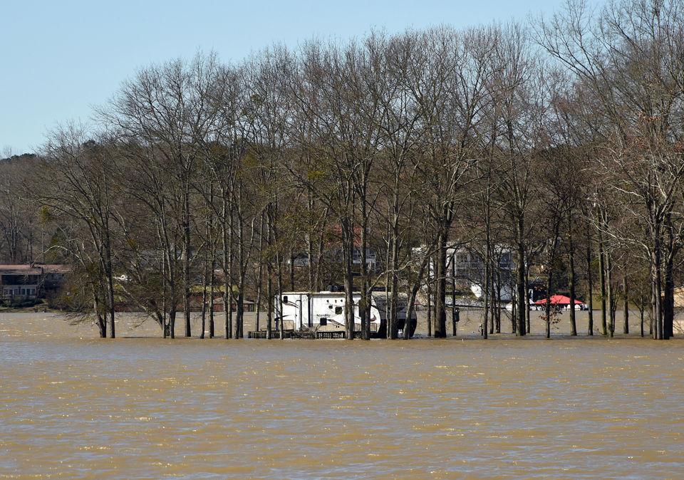 Flooding at Logan Martin Lake along the Coosa River - al com