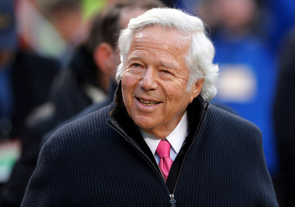 Patriots' Robert Kraft prostitution bust: Social media explodes (including Donald Trump jokes) after stunning charges