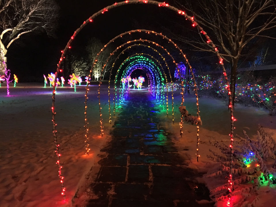 Deck The Hall At Stan Hywet Hall Gardens See The Lights Decorations Cleveland Com