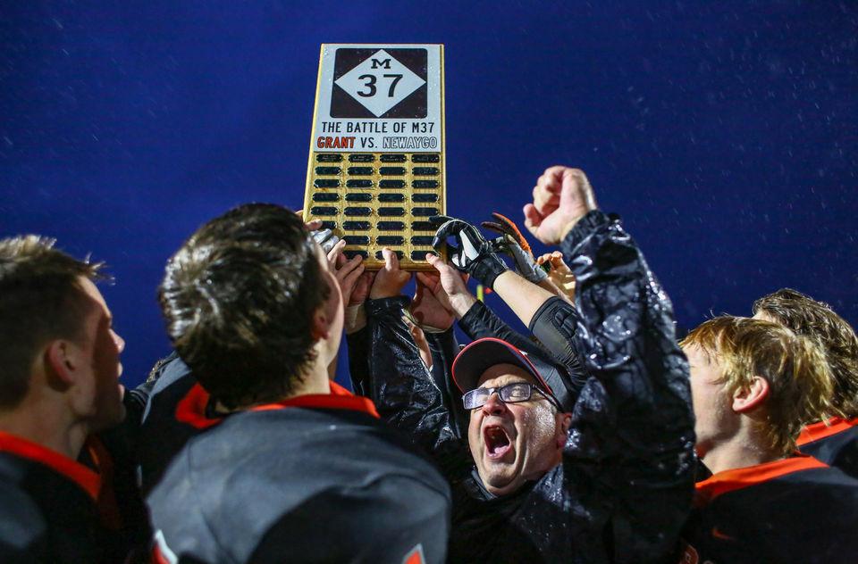 Best MLive photos from Week 7 of Michigan high school football
