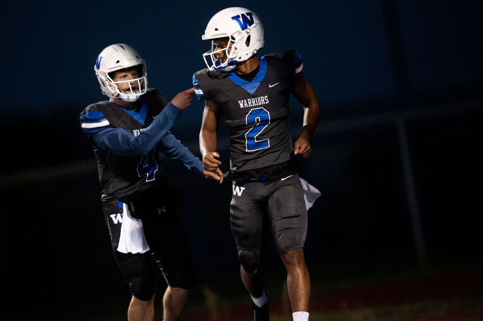 Yaseen leads Walled Lake Western football to 40-10 blowout of South Lyon