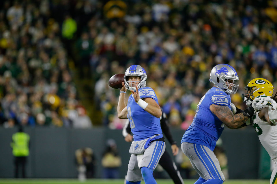 Lions grades: Offense settles for 5 field goals, fades in second half of 23-22 loss to Packers