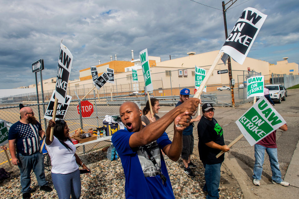 Scenes from the front lines of the UAW strike against GM in Michigan