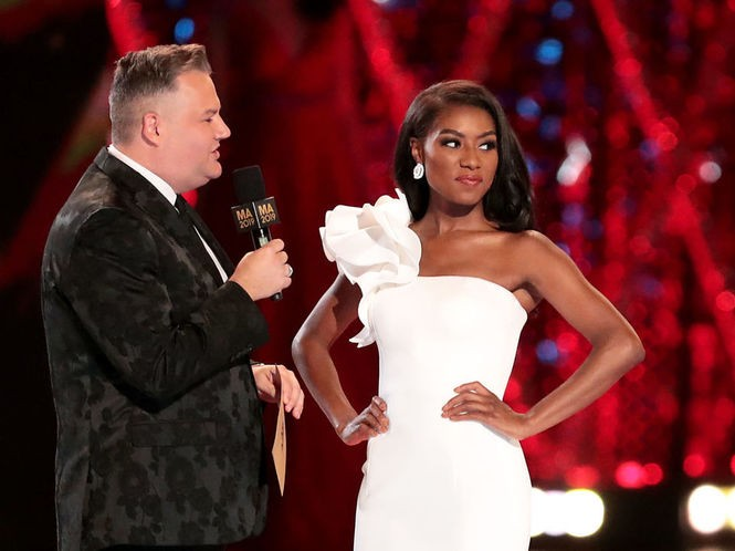Pageant co-host Ross Mathews with Franklin, the fourth Miss New York in recent years to become Miss America. (Tim Hawk | NJ Advance Media for NJ.com)