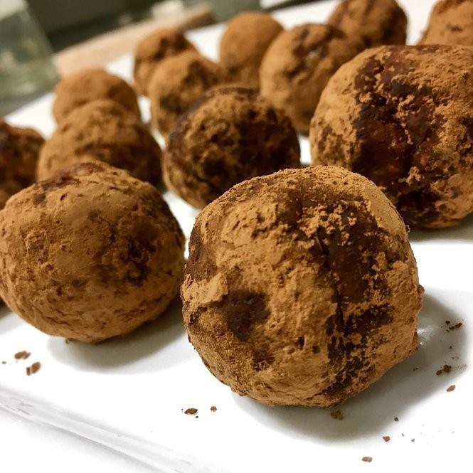 Chocolate Cayenne Protein Bites (Photo by Emma Poling)