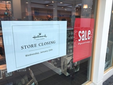 Hallmark Gold Crown store is closing at Destiny USA on Jan. 25, 2017, according to a sign at the store.