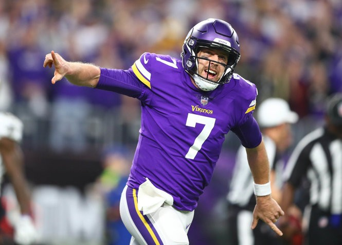 save off 76e54 dd820 Eagles compare Vikings' Case Keenum to Russell Wilson and ...