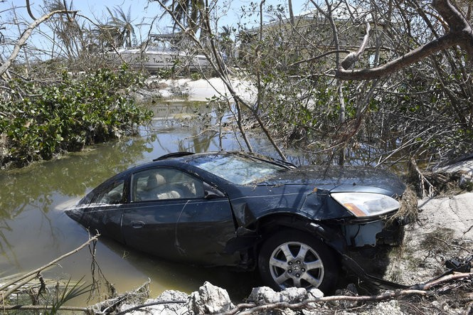 After Hurricanes, How To Spot Flood Damage When Buying A