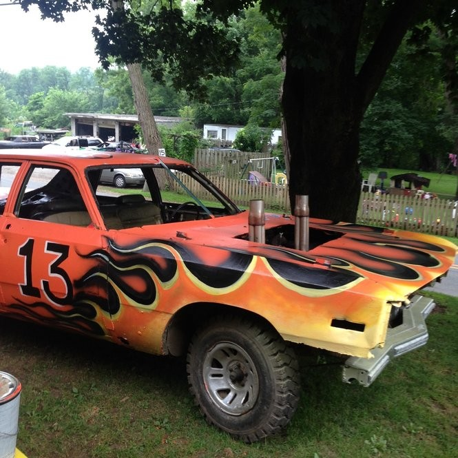 Watch Cars Parts Pain For Demolition Derby Drivers It S All About Bragging Rights Lehighvalleylive Com