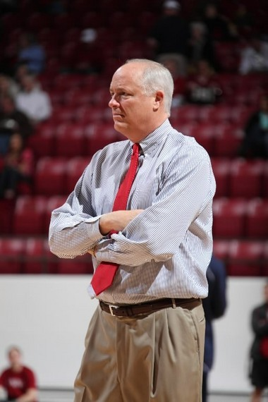 Dan Hipsher has been the associate head coach for the past four seasons at Alabama.