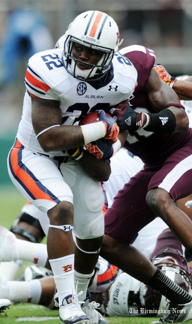 Auburn's Mike Blakely ran into Mississippi State defensive back Johnthan Banks last season (Hal Yeager / al.com)