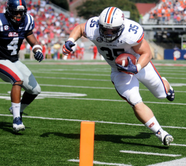 Jay Prosch will likely see more time as a receiver out of the backfield in Auburn's hurry-up, no-huddle offense this season (Julie Bennett/jbennett@al.com)
