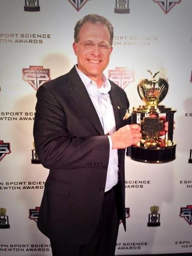 Gus Malzahn poses with a Newton Award, which was given to Auburn for its Kick Six play against Alabama in the Iron Bowl. (@FootballAU/Twitter)
