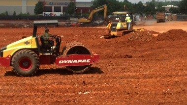 Construction crews work at the site of the new Belk department store at Bridge Street Town Center on Wednesday, May 29, 2013. (file photo by Lucy Berry | lberry@al.com)
