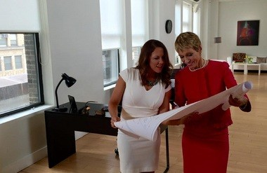 (From left to right) Amanda Howard with real estate mogul Barbara Corcoran in New York City. (Courtesy)