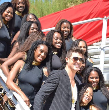 Members of the Alabama State University dance team with Robin Thicke (HBCU Dance)