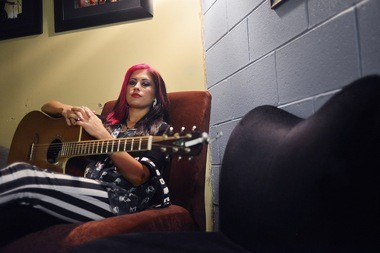 "On her Facebook page, Jess Meuse lists her interests as ""MUSIC: guitar, violin, singing, piano, songwriting. I also enjoy drawing, working out, writing, the outdoors and collecting random knives."" (Tamika Moore 