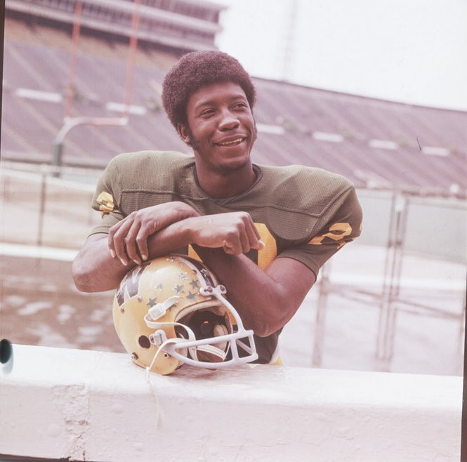The legend of Tony Nathan: From Woodlawn to Alabama to the