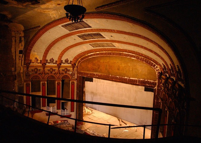 The stage of the Lyric Theatre, fall 2003. (AL.com file photo/Beverly Taylor)