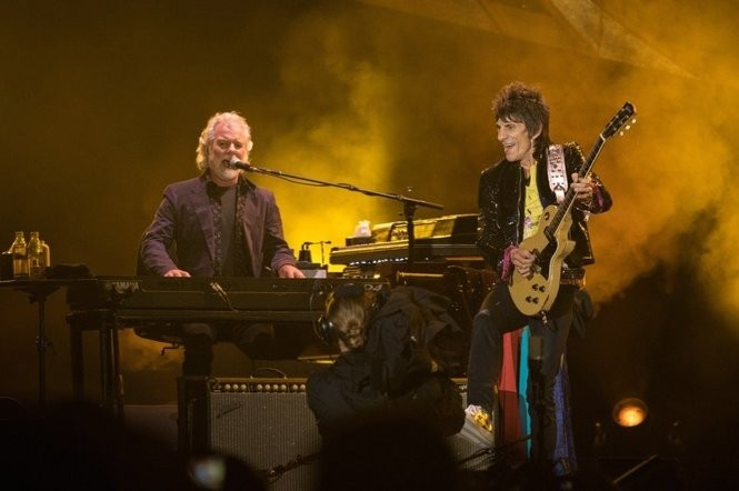 Chuck Leavell, left, and Ron Wood perform with The Rolling Stones in 2015. (Courtesy Rick Diamond, Getty Images)