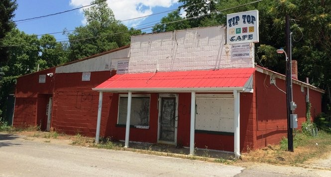 The former Tip Top Cafe building at 123 Maple Ave. as it appears present day. (Matt Wake/mwake@al.com)