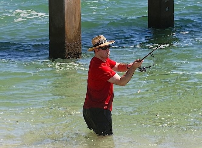 8 cool fishing spots to cast a line at Alabama's beaches