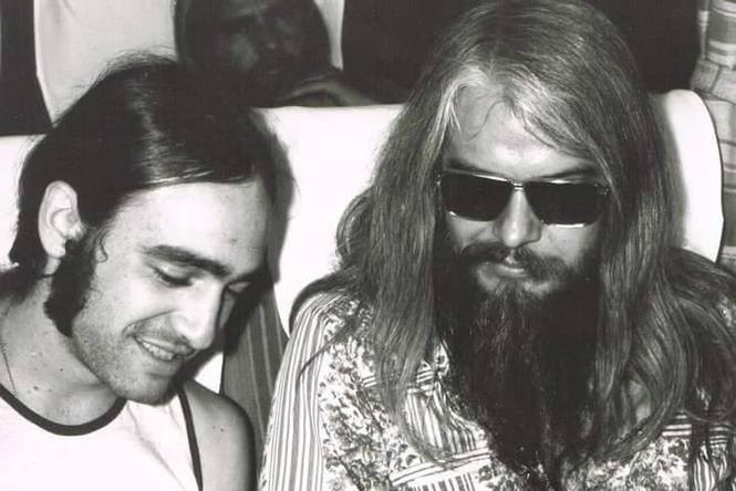 Wayne Perkins, left, and Leon Russell. (Courtesy Perkins family)