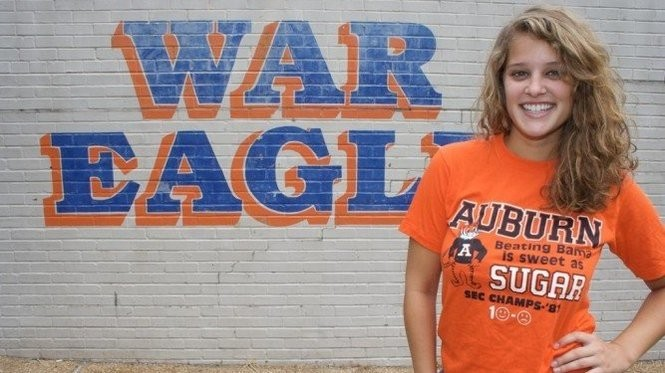 Alice Fraasa wearing a vintage Auburn shirt in downtown Auburn in 2009. She graduated from AU in 2011.
