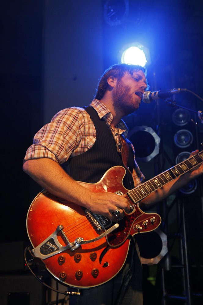 In this May 15, 2010 photo, Dan Auerbach of the Black Keys, performs at the Classic Car Club, in New York.(File/AP Photo/Microsoft Corp.)