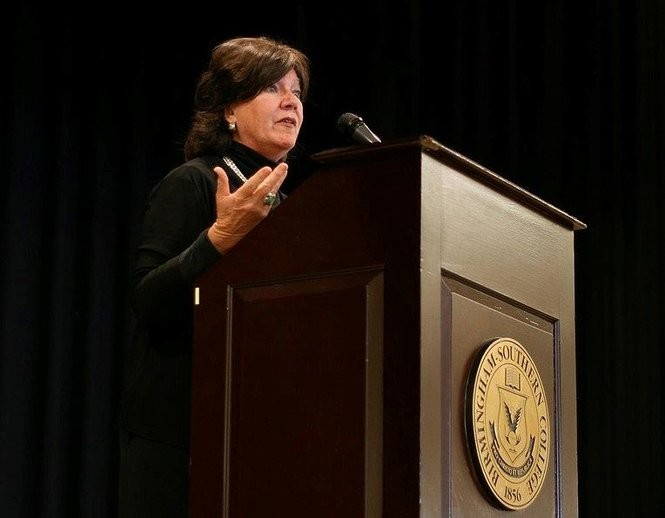"""Mary Badham speaks to a group of college students at a """"To Kill a Mockingbird"""" event at Birmingham-Southern College in Birmingham, Ala., in 2012, (Wikipedia Commons photo)"""