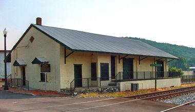 The Scottsboro Depot was built in 1861. (Contributed by Dale Burns of Dale's Alabama Rail Pics/stagmiesalrailpics.homestead.com)