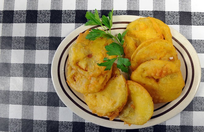 The famous fried green tomatoes at the Irondale Cafe. (File photo)
