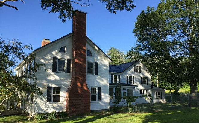 Home that inspired Stephen King's 'Pet Sematary' for sale