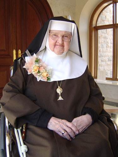 Mother Angelica, 92, is nursed around the clock by the nuns at Our Lady of the Angels Monastery in Hanceville, Ala.