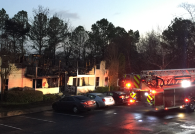 Fire at Park at Carlyle apartments early Thursday morning (Ivana Hrynkiw   ihrynkiw@al.com)