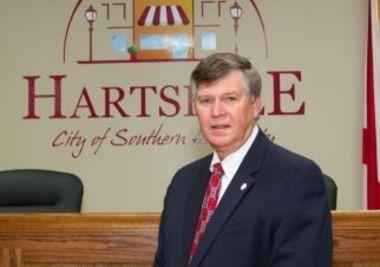 Former Hartselle Mayor Don Hall resigned last week. (hartselle.org)