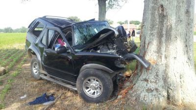 Teen driver killed after SUV runs through soybean field and hits