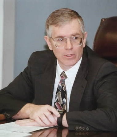 Mo Brooks on the Madison County Commission in 1999 (Huntsville Times file)