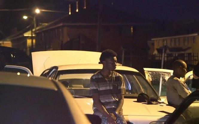 Members of Alabama's 4th Circuit Drug Task Force search a car Thursday evening in the Selma area. (Ian Hoppe | ihoppe@al.com)
