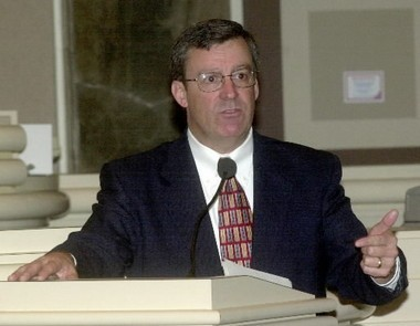 Former DYS Executive Director Walter Wood speaking to the Legislature in 2004.