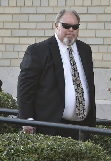 Defense attorney Robert Tuten leaving the federal courthouse in Huntsville on Oct. 29, 2015 (Bob Gathany/bgathany@al.com)