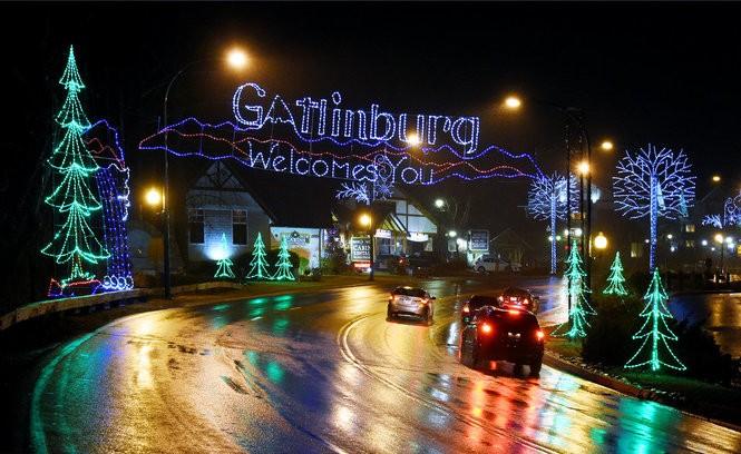 Gatlinburg Christmas.After Devastating Wildfires Gatlinburg Shines For Christmas
