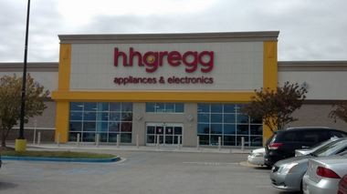 HHGregg is closing all its stores after it failed to find a buyer amid bankruptcy proceedings.