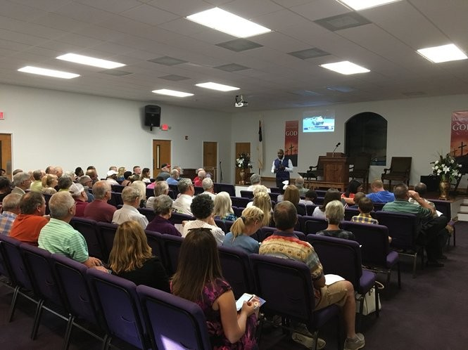 Residents gather for a town hall meeting to discuss issues with the Big Sky Landfill attheHouse of Prayer Outreach Faith Church in Adamsville, Ala. on June 14, 2018.