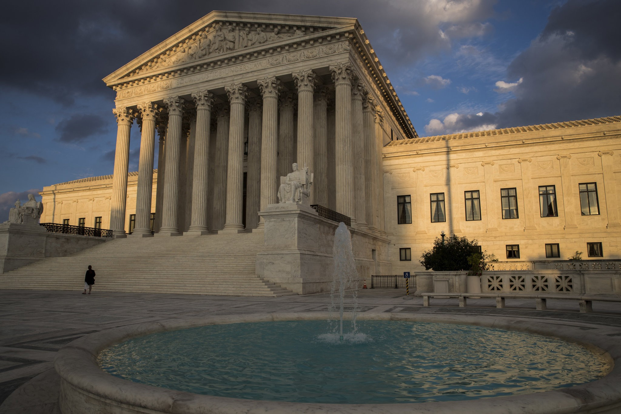 Police need warrants to track cellphones, Supreme Court rules - al com