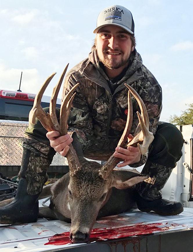 38 photos of big bucks taken in Alabama - al com