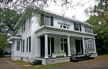 A historic fixer upper home in the Old Dauphin Way Historic District, Oct. 29, 2009 in Mobile, Ala. (Press-Register file photo)