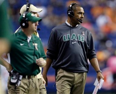 UAB coach Garrick McGee's team inexcusably fell behind big early to UTSA. (The Associated Press)