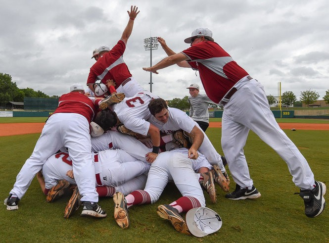Which Alabama high school baseball team has the most state titles